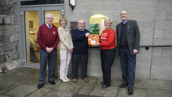 Presentation of Publicly Accessible Defibrillator based at Howe Trinity Church